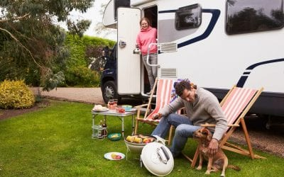 Tips for Traveling With Dogs In an RV